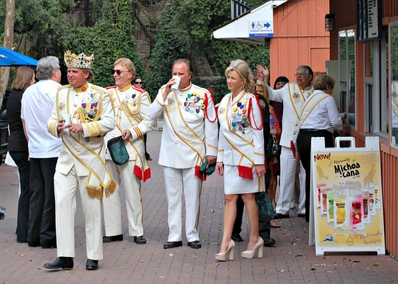 El Rey Feo visits Zootennial Plaza at the San Antonio Zoo